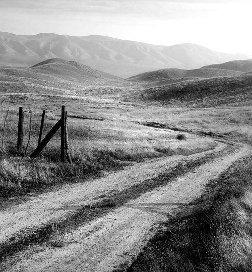 black white-country-dirt-road-153787